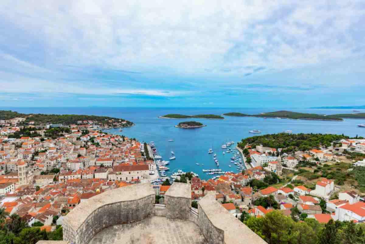 Horvátországban csökkent a fertőzöttek száma